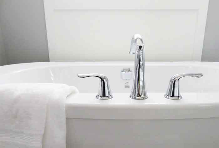 how to unclog a tub drain naturally