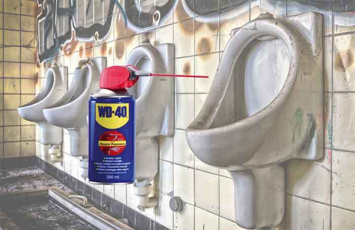 wd-40-clean-toilets