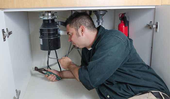 plumber-garbage-disposal