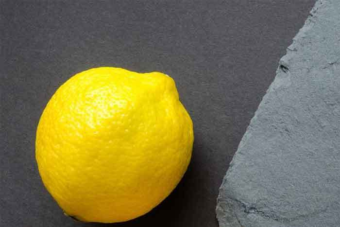 cleaning-with-lemon