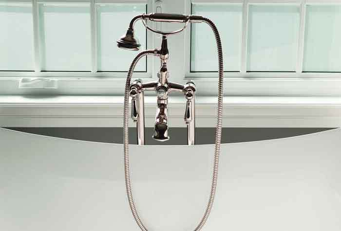 How-to-Install-a-Shower-Head-in-a-Bathtub